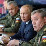 مانور نظامی بزرگ روسیه (قفقاز 2020) با حضور چین, ایران و ۳ کشور دیگر  در حضور ولادیمیر پوتین (کلیپ کوتاه)