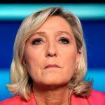 پیشنهاد لوپن برای فرانسه: باید حجاب را در همه اماکن عمومی ممنوع کرد
