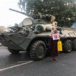 میانمار؛ قطع اینترنت شبانه و ورود خودروهای نظامی به خیابان ها (کلیپ کوتاه - انگلیسی)